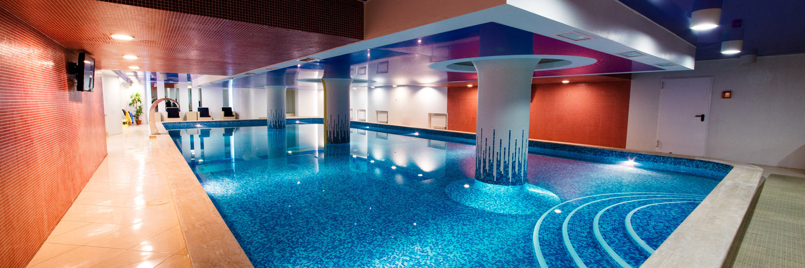 image of an indoor swimming pool